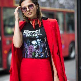 4 måter å style t-skjorten på