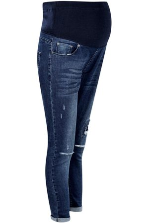 Boohoo Maternity Ripped Detail Skinny Jean