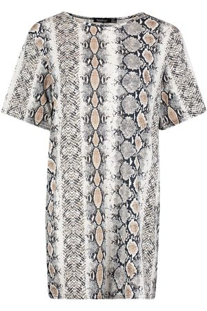 Boohoo Petite Snake Print Oversized T-Shirt Dress