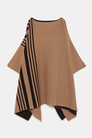 Zara Strikket kappe med striper