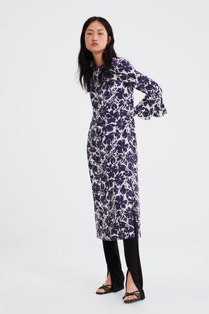Zara Mønstret kjole med volangermer