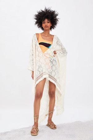 Zara Kimono med struktur og frynser