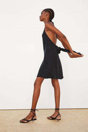 Zara Løs kjole med halterneck