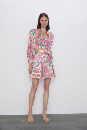 Zara Miniskjørt med blomstermønster