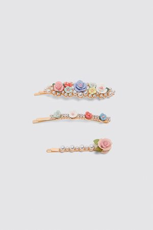 Zara Hårspenner med blomster i pakning