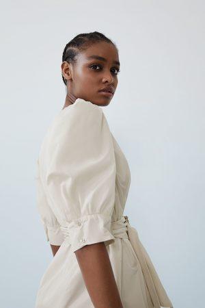 Zara Dame Kjoler - Utsvingt kjole med belte