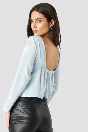 NA-KD Oxford Long Sleeve Shirt With Open Back