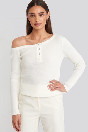 Trendyol Dame Topper - Button Detailed Top