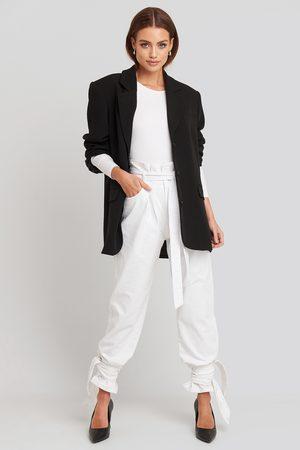 NA-KD Dame High waist - Tie Hem Paperbag Waist Jeans