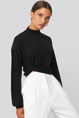 NA-KD Dame Strikkegensere - Side Twisted Sweater