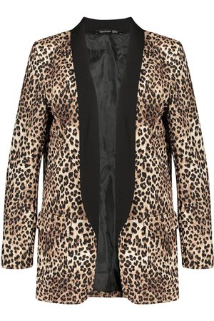 Boohoo Plus Contrast Lapel Leopard Print Blazer