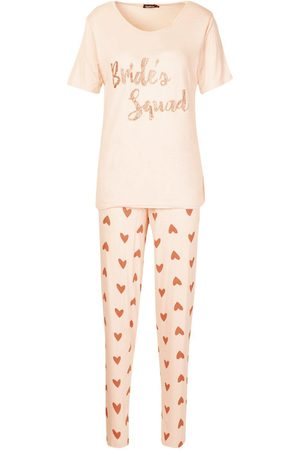 Boohoo Bride's Squad Heart T & Legging Set