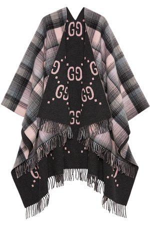 Gucci Poncho in lana GG reversibile