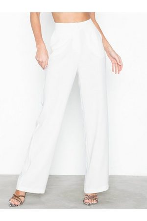 NLY Trend Dame Chinos - My Favourite Pants
