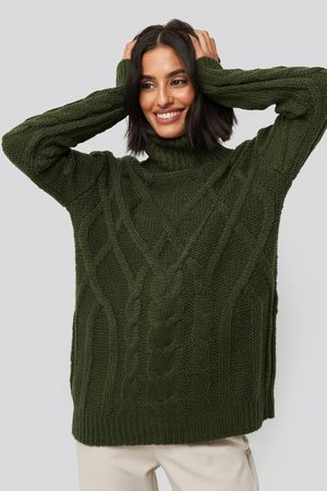 NA-KD Dame Pologensere - Cable Knitted High Neck Sweater
