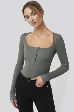 NA-KD Dame Body - Long Sleeve Button Detail Bodysuit