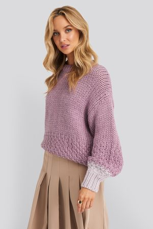 NA-KD Dame Gensere - Two Toned Knitted Sweater