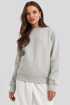 Calvin Klein Embroidery Regular Crew Neck Sweater