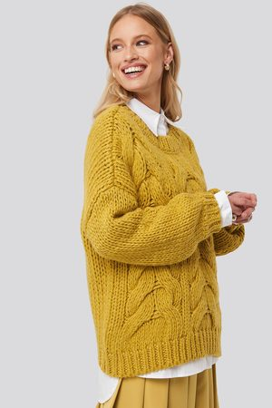 NA-KD Wool Blend Round Neck Heavy Knitted Cable Sweater