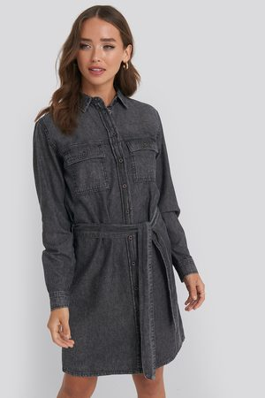 NA-KD Belted Denim Dress