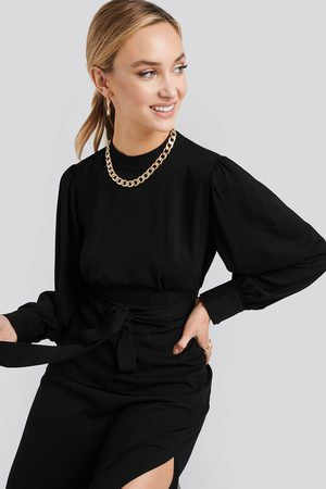 NA-KD Dame Bluser - Front Tie Blouse