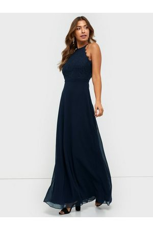 NLY Eve Adorable Sportscut Gown