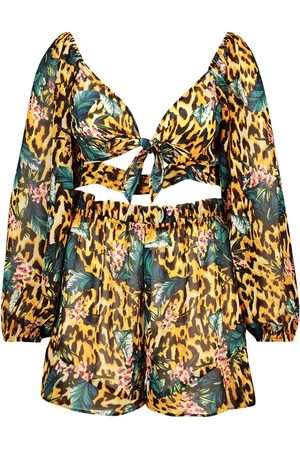 Boohoo Plus Floral Animal Beach Co-ord