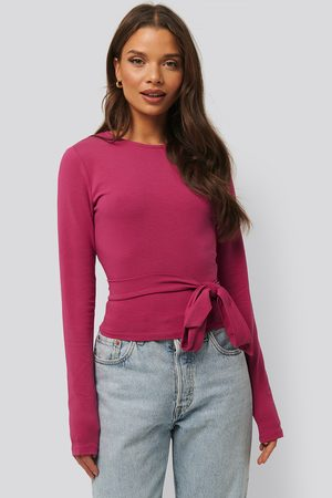 NA-KD Tie Cropped Top