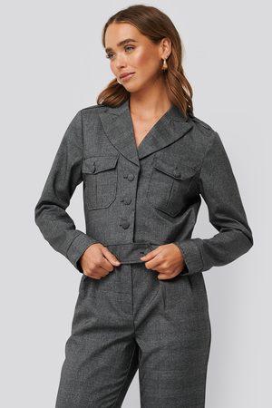NA-KD Dame Vårjakker - Short Plaid Buttoned Jacket