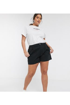 ASOS ASOS DESIGN Curve chino short in black