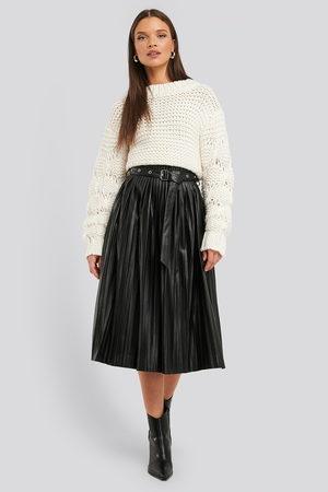NA-KD Dame Foldeskjørt - Pleated Pu Belt Skirt
