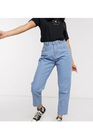 Wednesday's Girl Mom jeans in light wash-Blue