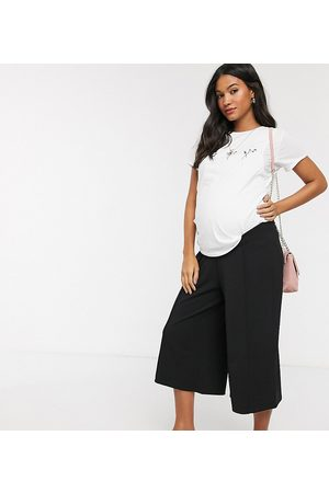 ASOS ASOS DESIGN Maternity cropped wide leg trouser with pleat in crepe-Black