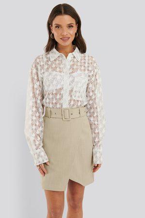 NA-KD Dame Miniskjørt - Belted Overlap Mini Skirt