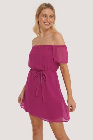 Trendyol Dame Sommerkjoler - Off Shoulder Belted Mini Dress