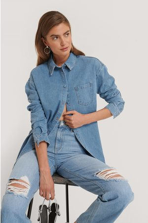 Kim Feenstra x NA-KD Dame Denim - Chest Pocket Denim Shirt