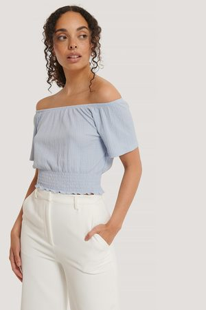 NA-KD Dame Off shoulder - Off Shoulder Smock Detail Top