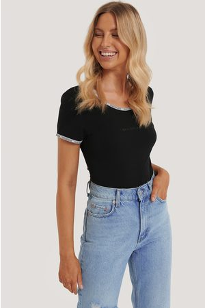 Calvin Klein Logo Trim Short-Sleeve Body