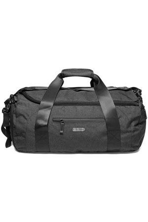 Epic Travel Bag Dynamics