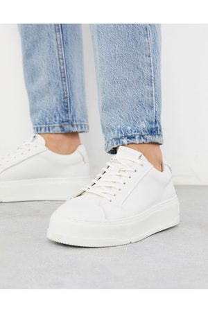 Vagabond Judy flatform trainers in white leather