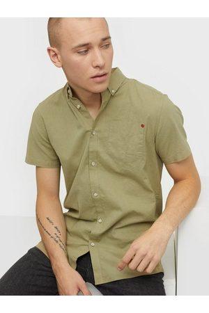 Solid Shirt - Bill SS BD Linen Skjorter Hunter Green