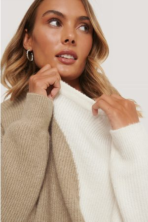 NA-KD Two Colored Knitted Sweater
