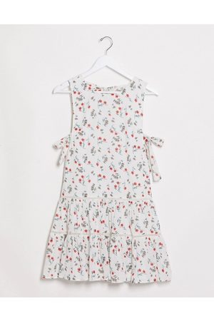 ASOS DESIGN Tiered mini smock sundress with open back in floral print-Multi