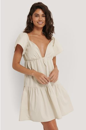 NA-KD Flounce Shoulder Mini Dress