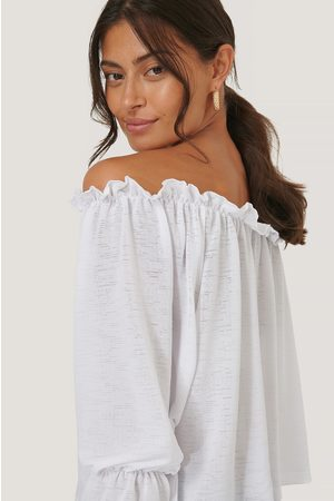 NA-KD Dame Off shoulder - Off Shoulder Lettuce Top