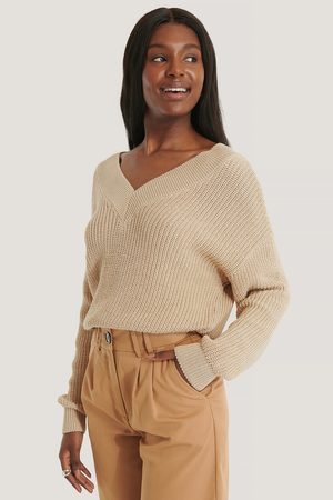 NA-KD Dame Gensere - V-neck Rib Knitted Sweater