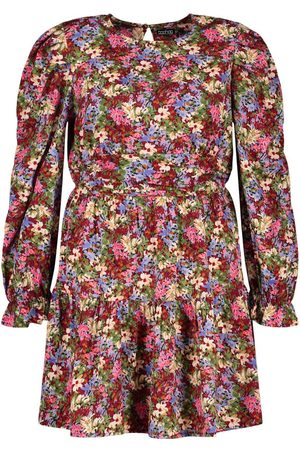 Boohoo Plus Woven Puff Sleeve Floral Skater Dress