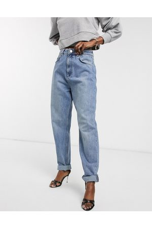 ASOS High rise 'slouchy' mom jeans in midwash-Blue