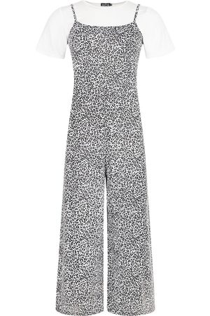 Boohoo T-Shirt & Leopard Print Cami Jumpsuit 2 In 1 Set