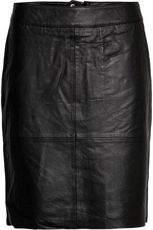 Culture Cuberta Leather Skirt Knelangt Skjørt